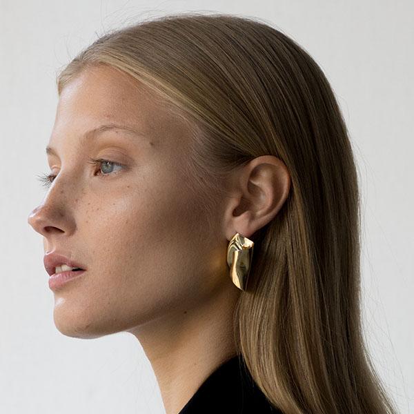Danse Earrings